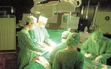 Éxito en el primer trasplante de pene y escroto del mundo