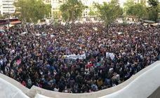 Un millar de personas se concentran en Valencia contra la sentencia a 'La Manada'