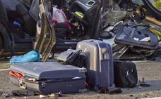 Cuidado con el equipaje en el coche: «una maleta de 10 kg se puede convertir en un toro»