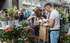 El mercado de flores flotante y otras propuestas de ocio en la Fira de la primavera de la Marina
