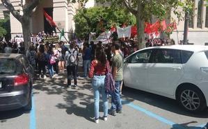 Una discreta huelga de estudiantes suspende apenas el 10% de las clases de Blasco Ibáñez