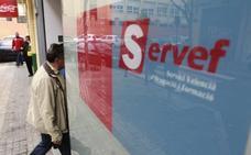 El paro baja en abril en 3.341 personas en la Comunitat, hasta los 380.543 desempleados