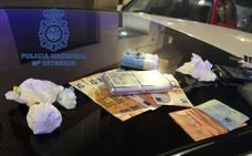 La policía detiene a tres hombres con drogas en Valencia
