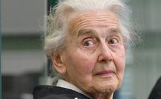 Detenida la 'abuela nazi', en busca y captura