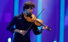 Eurovisión: lágrimas, muchos nervios y un espontáneo en el escenario de Lisboa