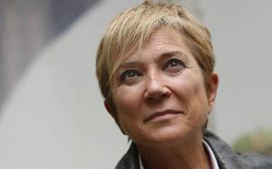 Inés Ballester, presentadora: «Se puede ser feliz después de un cáncer»