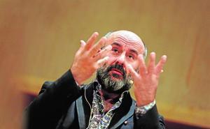 Davide Livermore: «Les Arts está sufriendo muchísimo. Se nota que lleva cinco meses sin intendente»