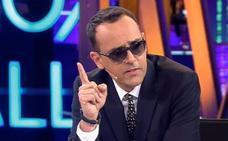 Al menos seis heridos al desplomarse una grada durante una entrevista de Risto Mejide a Iniesta