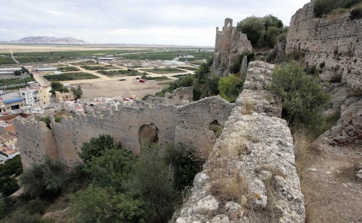 El castillo de Corbera en la lista roja de patrimonio