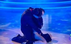 El sensual baile de Bustamante y Yana Olina, su nueva ilusión