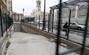 Las obras de Brujas eliminan las paradas de bus más próximas al Mercado Central