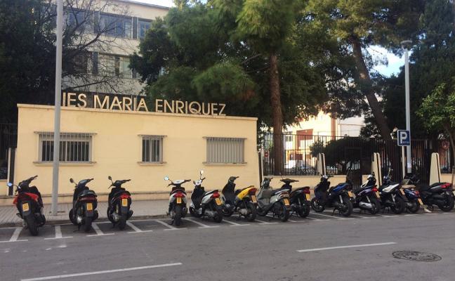 Marzà descarta más grupos de informática en el María Enríquez pese a la alta demanda