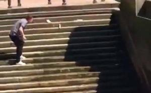 ¿Es el vídeo de la caída al Támesis el más gracioso de 2018?