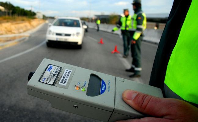 Tráfico estudia bajar la tasa de alcoholemia para algunos conductores