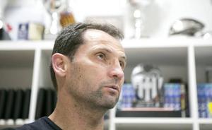 Giner: «No os preocupéis por los jugadores que vendan, sino por los que traigan»