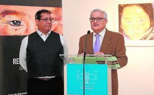 El artista Galo Cabezas presenta sus últimas creaciones en la sala de exposiciones de la Diputación