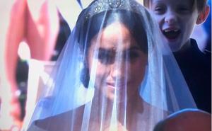 El niño que se coló en las fotos de la boda del príncipe Harry y Meghan Markle