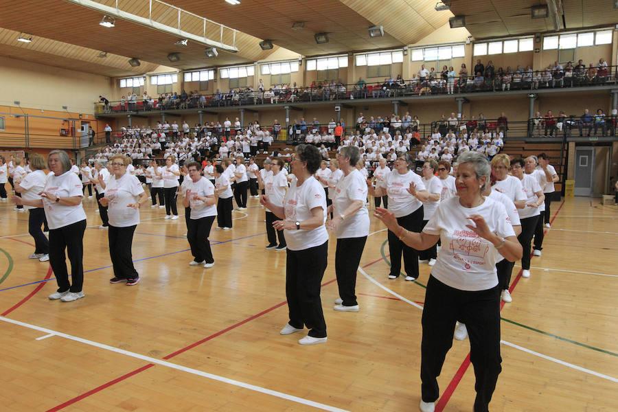 Los mayores de Valencia se apuntan al deporte