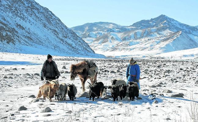 La primavera saca del   letargo a Mongolia