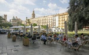 Marina d'Or aprovecha el boom turístico y compra 40 locales hosteleros en Valencia