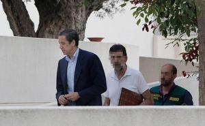Zaplana, asistido en Urgencias del Peset antes del traslado a Madrid