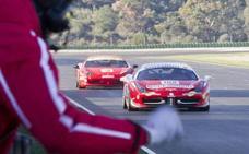 Este domingo puedes conducir con tu coche por el Circuito Ricardo Tormo de Cheste