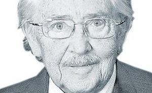 Muere Enrique Llobell Palanca, el estomatólogo que revolucionó la cirugía maxilofacial