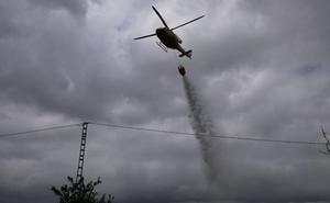 Incendio en una parcela de cultivo abandonada de Benissa