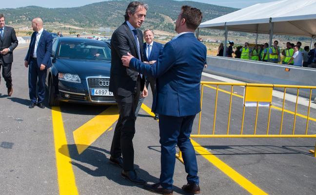El alcalde de La Font lamenta que PP y Cs atrasen la finalización de la obra de la A-33