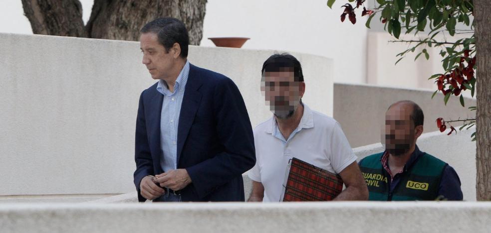 Primeros días de Zaplana en la cárcel: cacheo, fabada y a la enfermería con Blasco