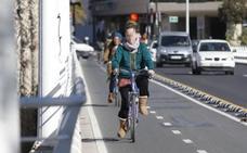 Dos advertencias que te hace la Guardia Civil si vas en bicicleta