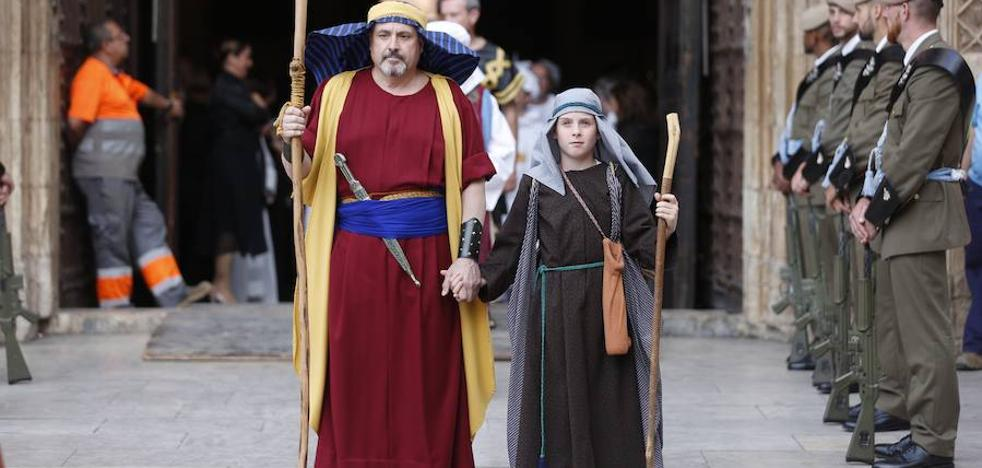 La 'festa grossa' del Corpus deslumbra en una Valencia primaveral