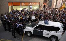 La Guardia Civil acredita que la Generalitat comprometió 3,2 millones para el 1-O