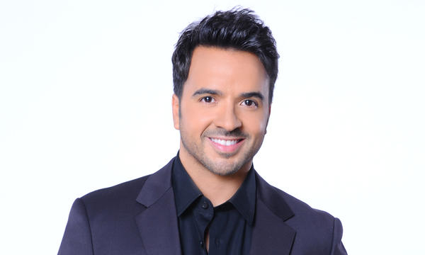 ¿Cuánto mide Luis Fonsi? - Estatura real: 1,71 - Real height Luis_fonsi