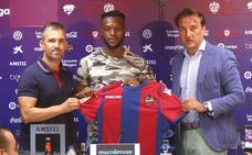 Doukouré: «Es el mejor sitio para crecer como futbolista»
