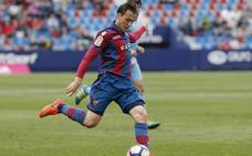 Espinosa renueva hasta 2019 y jugará cedido en el Granada