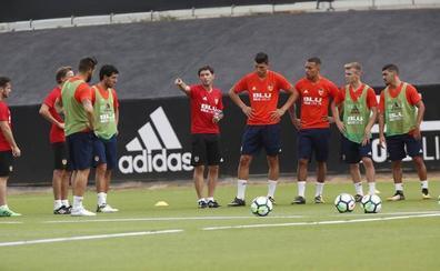 Valencia CF | Marcelino los pone a trabajar