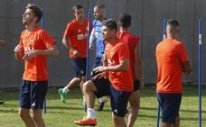 Los canteranos del Valencia CF, a la espera de los cambios en el primer equipo para concretar su futuro