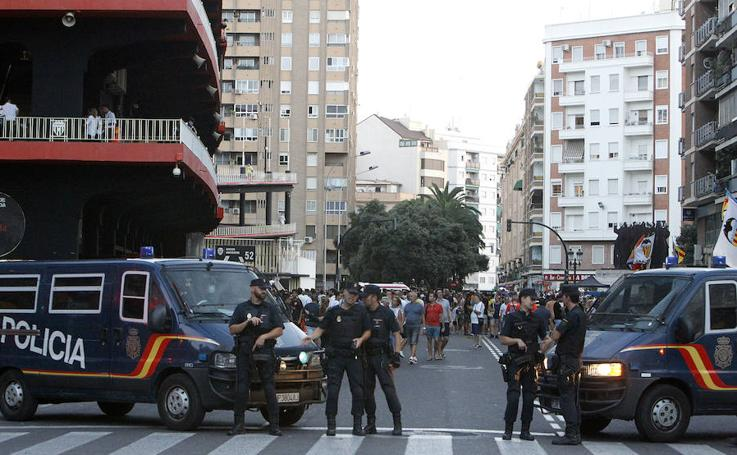 Fotos de la segurida en Mestalla