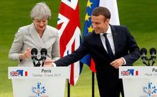 May confirma que las negociaciones del 'Brexit' comenzarán la próxima semana