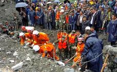 China busca a 93 desaparecidos tras el derrumbe que deja 10 muertos