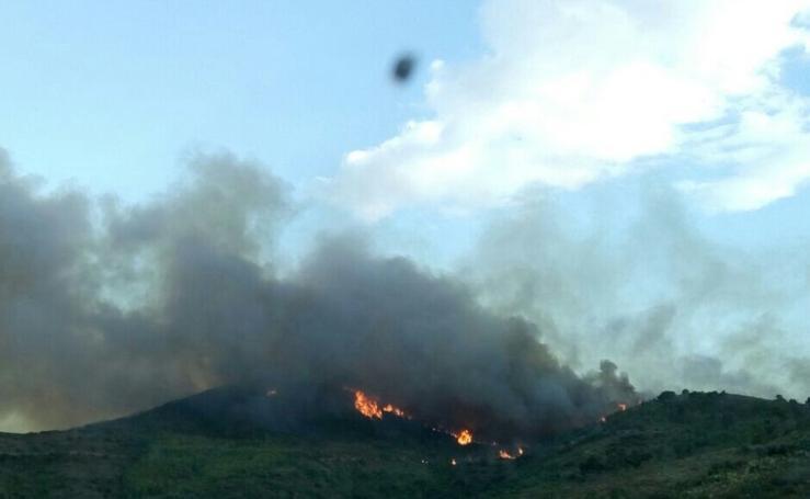 Fotos del incendio en la Sierra Calderona