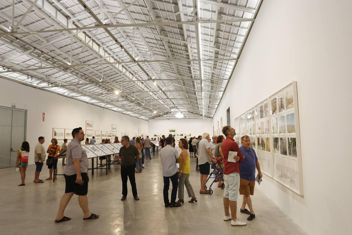 Fotos de la apertura al público del centro de arte Bombas Gens