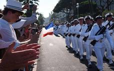 Macron rinde homenaje a las víctimas de Niza tras la visita de Trump