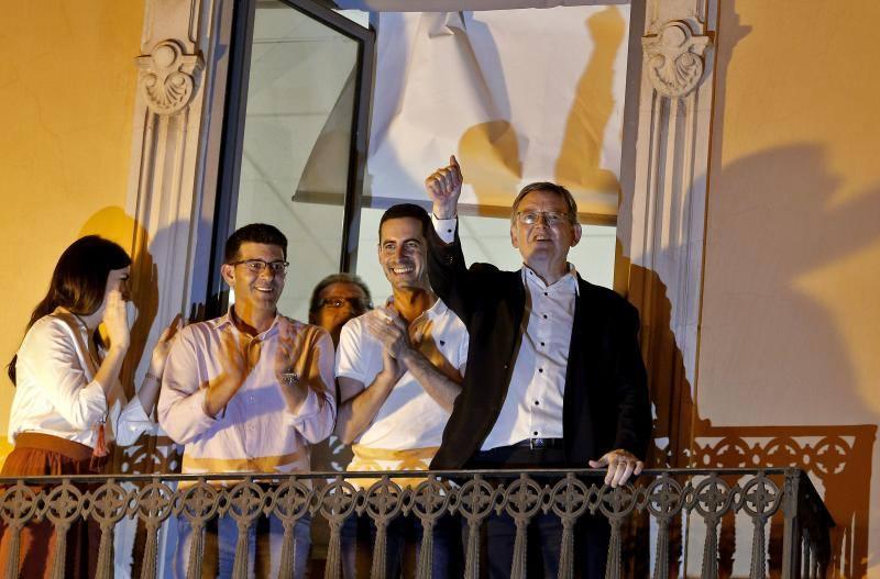 Fotos de la victoria de Ximo Puig frente a Rafa García en las primarias del PSPV