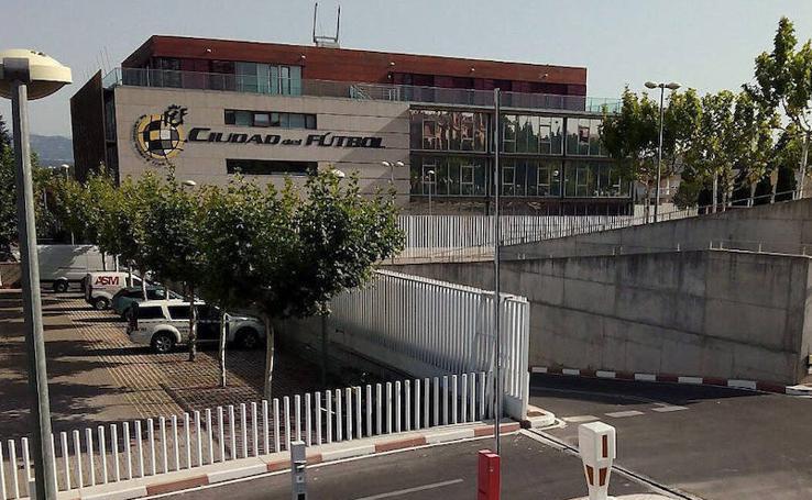 La trayectoria de Ángel María Villar en la RFEF, en imágenes