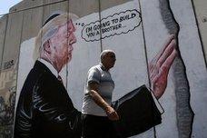 Trump toma el muro en Belén
