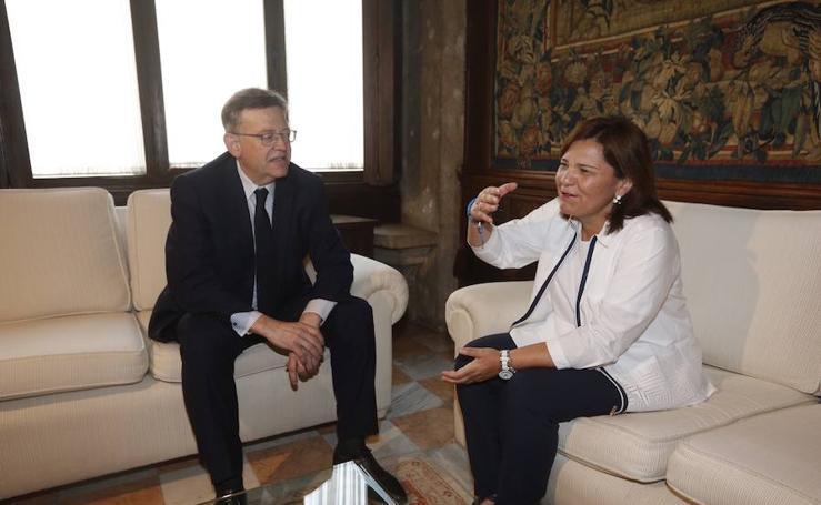 Fotos de la reunión entre Isabel Bonig y Ximo Puig