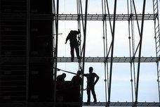 Los constructores necesitan 70.000 albañiles cualificados ante el repunte de la actividad