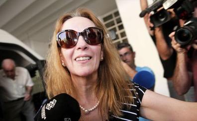 María José Carrascosa, feliz en Valencia tras el «calvario horrible» de la cárcel